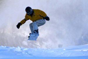 snowboarder_jump01